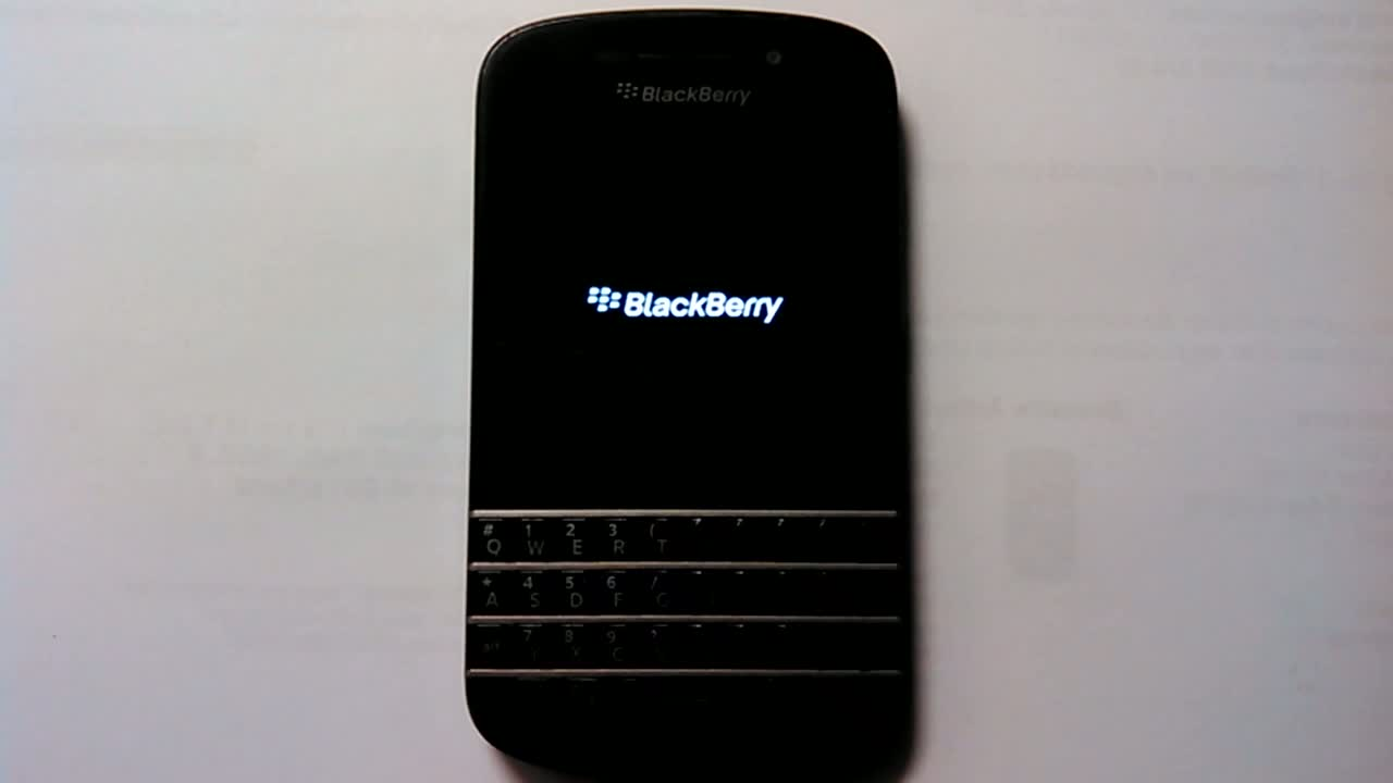 Blackberry Q10 Problem LED AN-AUS-AN-AUS